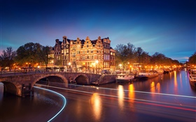 Amsterdam, Nederland, night, houses, bridge, river, lights, boats HD wallpaper