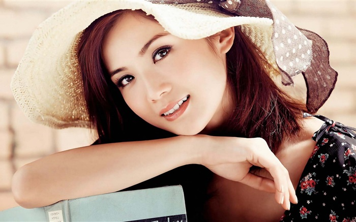 Beautiful Asian girl, hat, eyes, smile Wallpapers Pictures Photos Images