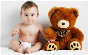 Cute baby and teddy bear HD wallpaper