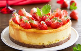 Delicious strawberry cake HD wallpaper
