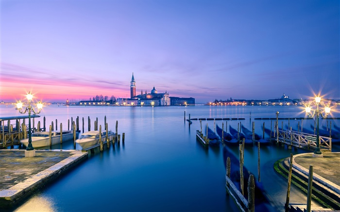 Dusk Venice scenery, marina Wallpapers Pictures Photos Images