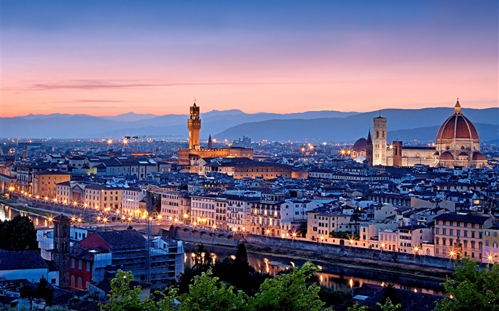 Italy beautiful city night scenery Wallpapers Pictures Photos Images