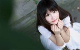 Lovely China girl look you HD wallpaper