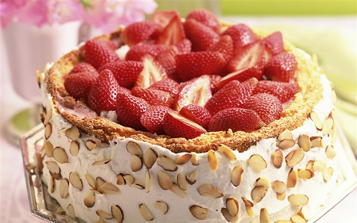 Nuts strawberry cake Wallpapers Pictures Photos Images