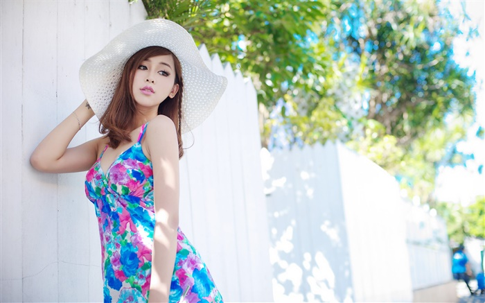 Summer blue skirt Asian girl Wallpapers Pictures Photos Images
