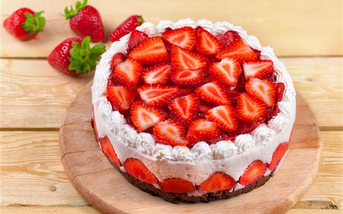 Sweet strawberry cake Wallpapers Pictures Photos Images