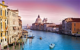 Tourist city, Venice, boats, river, house HD wallpaper
