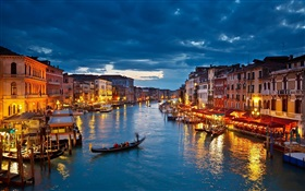 Venice beautiful night, houses, boats, river HD wallpaper