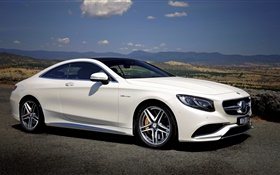 2015 Mercedes-Benz S63 AMG white car side view HD wallpaper