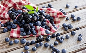 Berries, blueberries, blackberries HD wallpaper