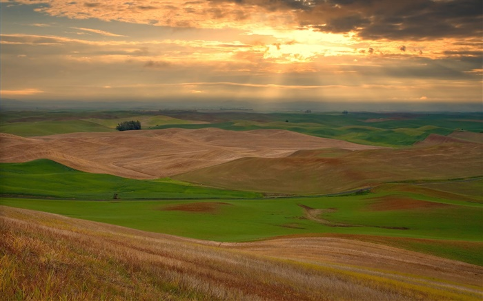 Farmland, hills, clouds, sunset Wallpapers Pictures Photos Images