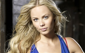 Laura Vandervoort 04 HD wallpaper