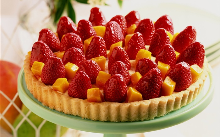 Strawberry mango cake Wallpapers Pictures Photos Images