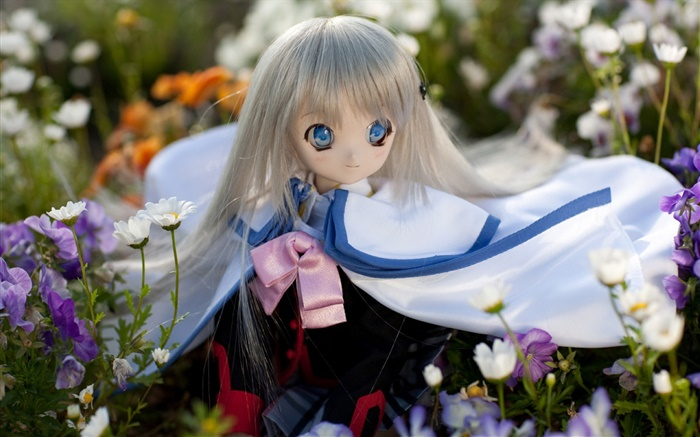Blue eyes toy girl, doll, flowers Wallpapers Pictures Photos Images