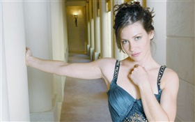 Evangeline Lilly 01 HD wallpaper