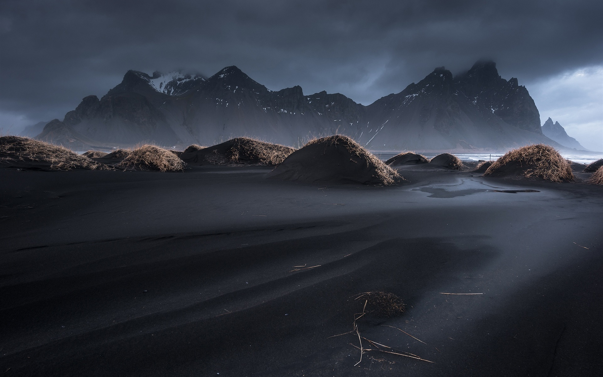 Iceland, Vestrahorn, black sand, dusk, grass, mountains, clouds 1920x1200 wallpaper