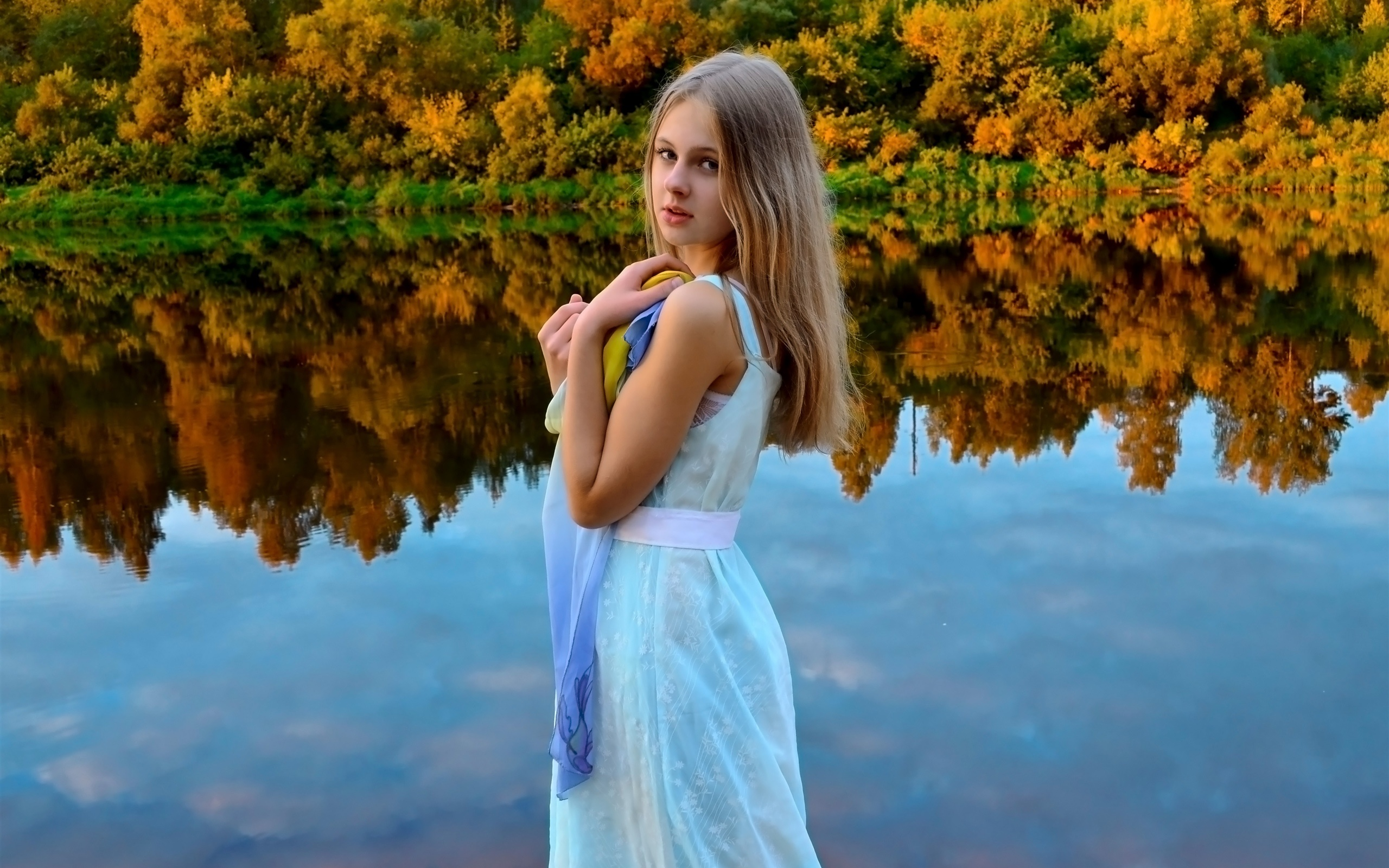 http://hdwall365.com/wallpapers/1601/White-dress-girl-blonde-eyes-lake-forest-water-reflection_2560x1600_wallpaper.jpg