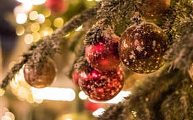 Christmas tree, balls, glare, blur background HD wallpaper