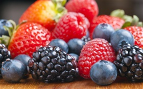 Many berries, blueberries, blackberries, strawberries, raspberries HD wallpaper