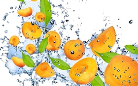 Fruit, apricot, fresh, water, splashes HD wallpaper