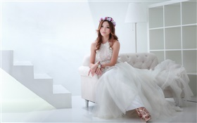 Asian girl, beautiful dress, bride, posture, sofa HD wallpaper
