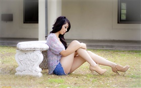 Asian girl sitting at ground, beautiful legs HD wallpaper