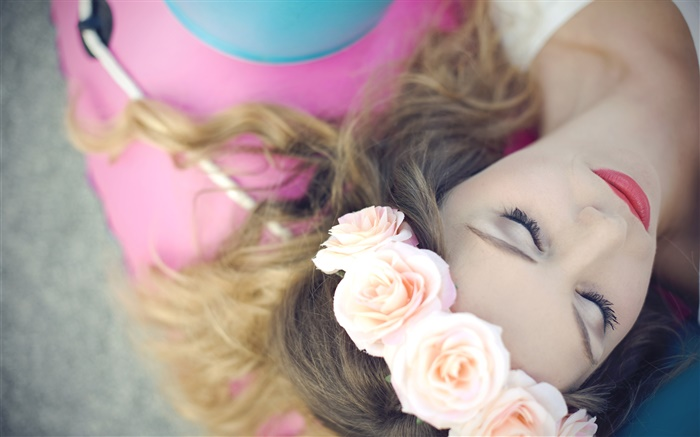 Girl sleep, flowers, roses, wreath Wallpapers Pictures Photos Images
