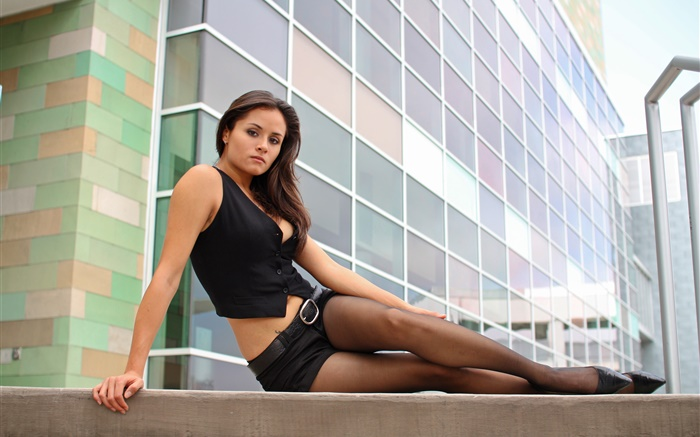 Beautiful girl on the steps, pantyhose, city Wallpapers Pictures Photos Images