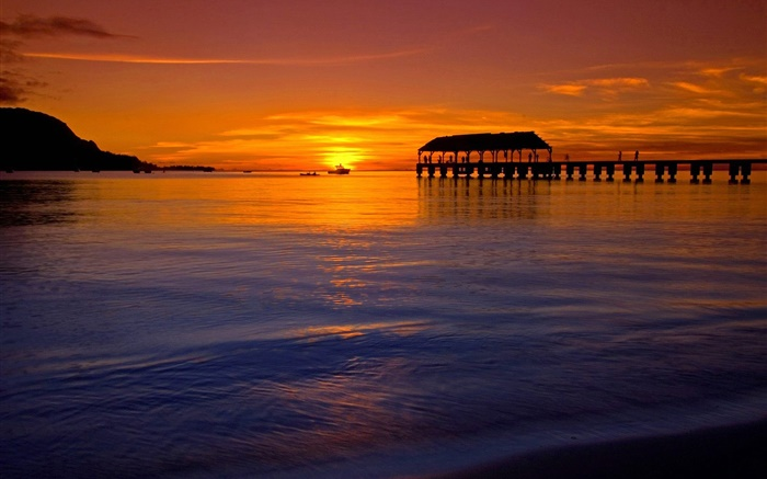Beautiful sunset in Hawaii, USA, sea, red style, pier Wallpapers Pictures Photos Images