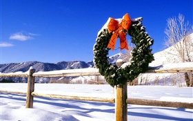 Christmas wreath, snow, fence HD wallpaper