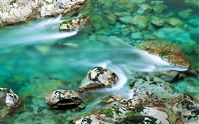 Clear water, creek, stones HD wallpaper