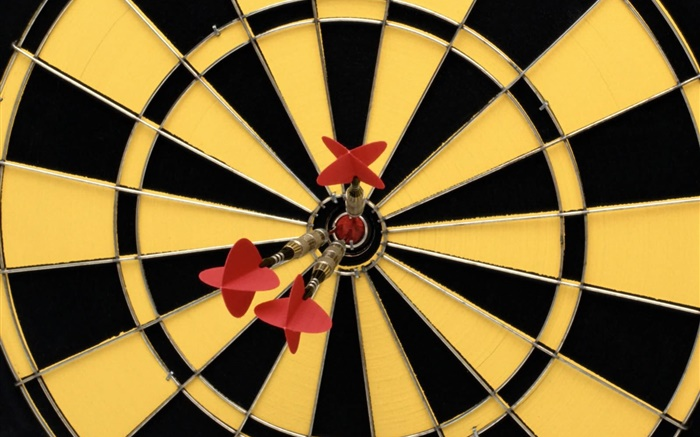 Darts and target Wallpapers Pictures Photos Images