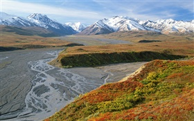 East Fork River, mountains, autumn, Denali National Park, Alaska, USA HD wallpaper