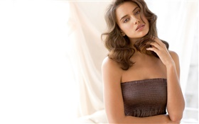 Irina Shayk 24 HD wallpaper