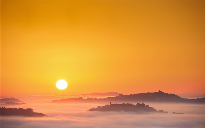 Italy, sunrise, sun, fog, morning, town Wallpapers Pictures Photos Images