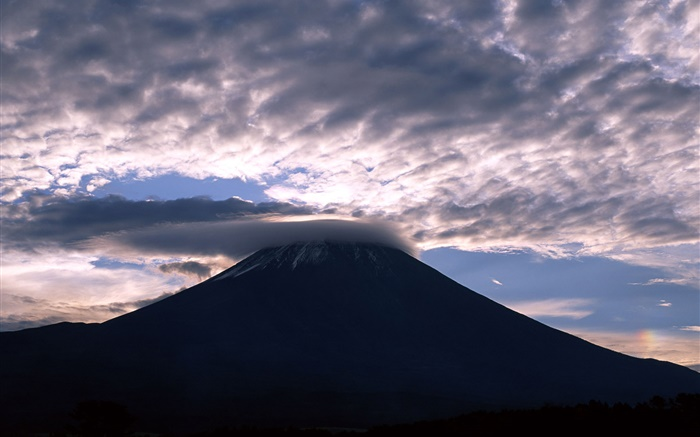 Japan, Mount Fuji, clouds, dusk Wallpapers Pictures Photos Images