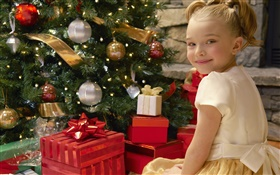 Merry Christmas, smile child girl, gifts HD wallpaper