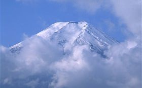 Mount Fuji in the clouds, Japan HD wallpaper