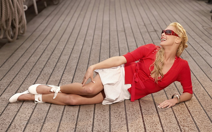 Red dress girl lying on ground Wallpapers Pictures Photos Images