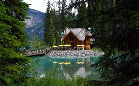 Canada, Emerald lake, Yoho National Park, forest, lake, house HD wallpaper