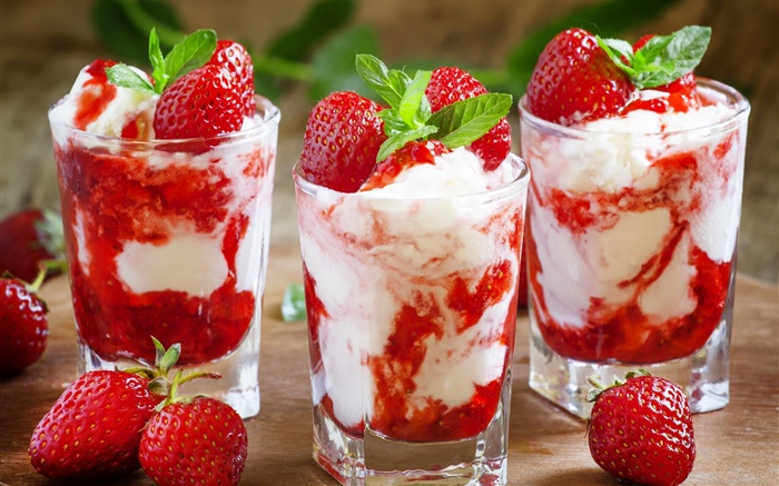 Strawberry ice cream, sweet dessert Wallpapers Pictures Photos Images