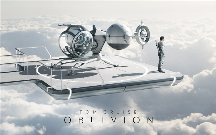 Tom Cruise in Oblivion movie Wallpapers Pictures Photos Images