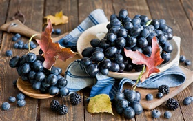 Black grapes, blackberries, leaves, still life HD wallpaper