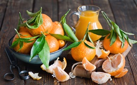 Fresh tangerines, leaves, fruits close-up HD wallpaper