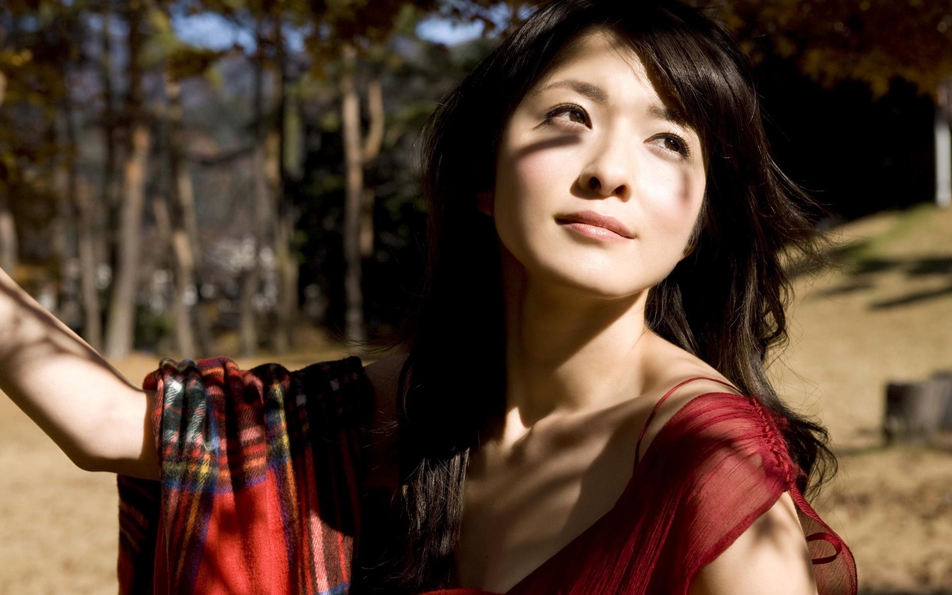 Смотреть бесплатно азиатские девушки, Молодые азиатки порно видео. Качественное бесплатное 3 фотография
