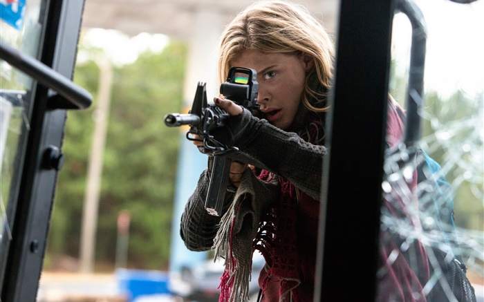 The 5th Wave, Chloe Grace Moretz Wallpapers Pictures Photos Images
