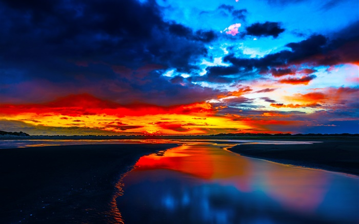 Coast sunset, sea, glow, clouds, dusk Wallpapers Pictures Photos Images