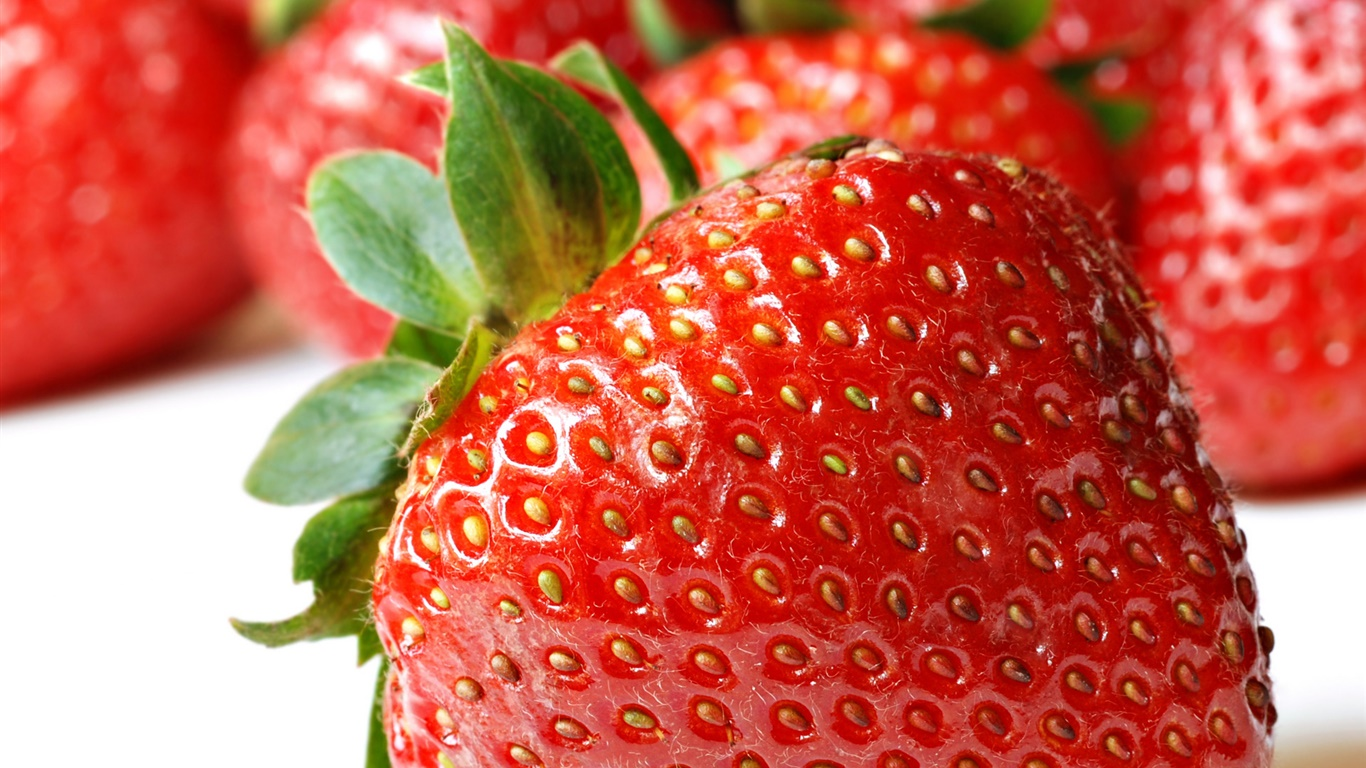 Fresh strawberry macro photography 1366x768 wallpaper