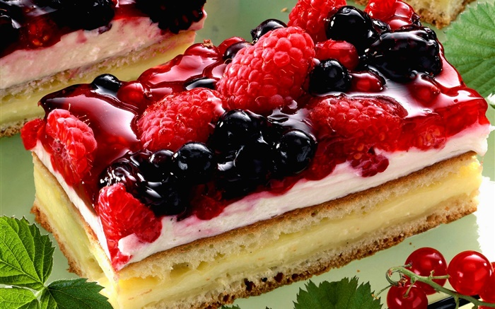 Piece of cake, berries, cream Wallpapers Pictures Photos Images