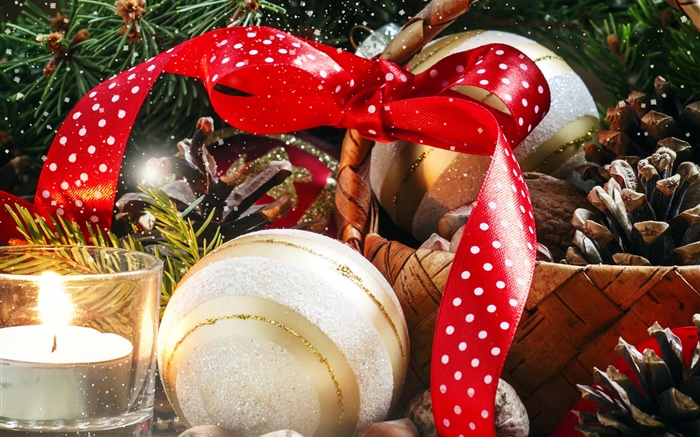 Christmas, basket, candle, decoration, nuts, balls Wallpapers Pictures Photos Images